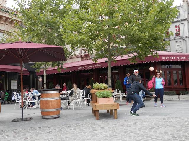 discrimination handicap Disneyland Paris