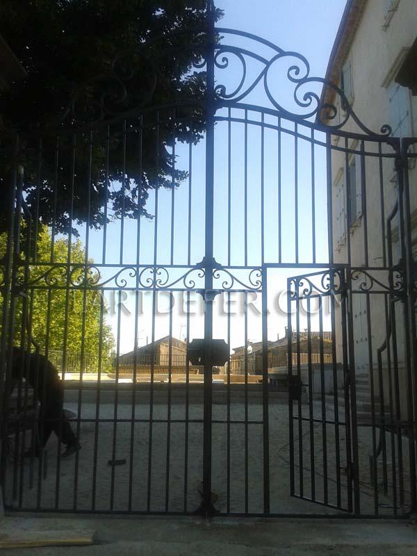 L 39 art de fer la quinzaine du portail portail et portillon - Portillon dans portail ...