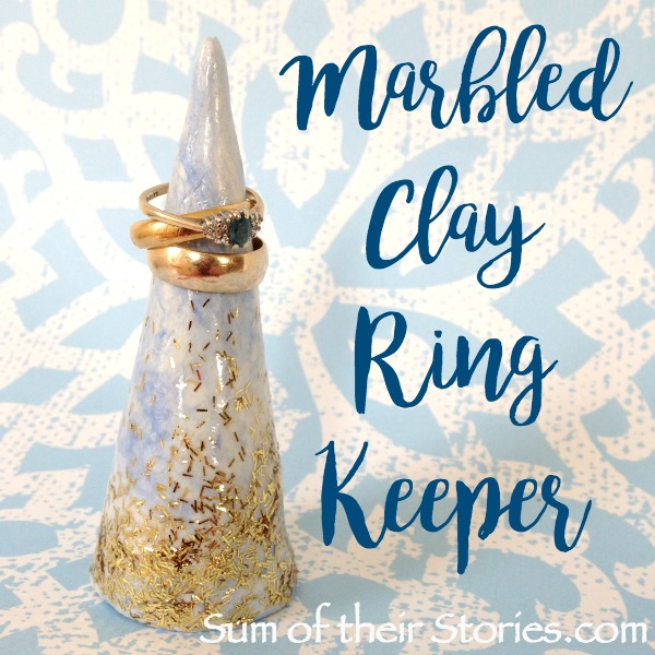 Marbled Clay Ring Keeper