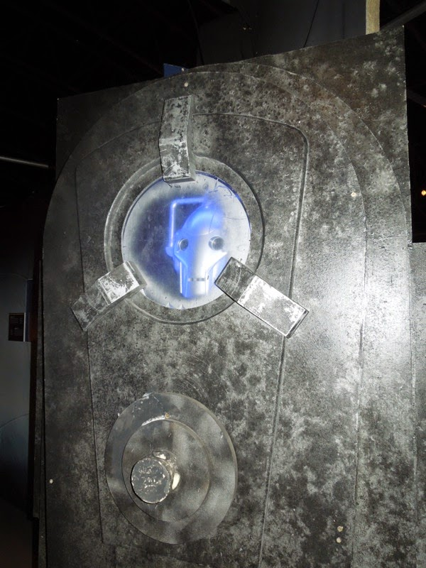 Cyberman prop Doctor Who Closing Time