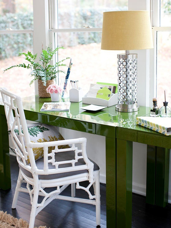 The Peak of Très Chic: It's Time for a Home Office