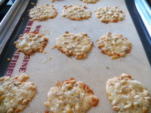 Rosemary Cheese Crisps