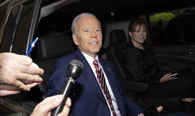 Joe Biden raises $6.3m in 24 hours, outstripping Bernie Sanders and Beto O'Rourke – as it happened