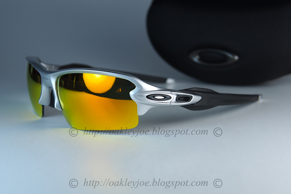 f13d578d32 OO9271-02 Flak 2.0 asian fit silver jade iridium polarized  275 lens pre  coated with Oakley hydrophobic nano solution complete Oakley package  includes
