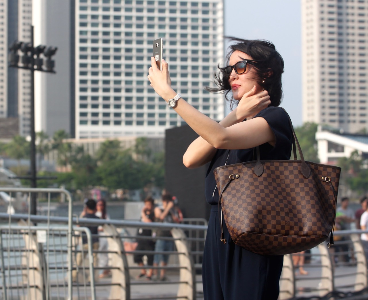 bloger robi selfie