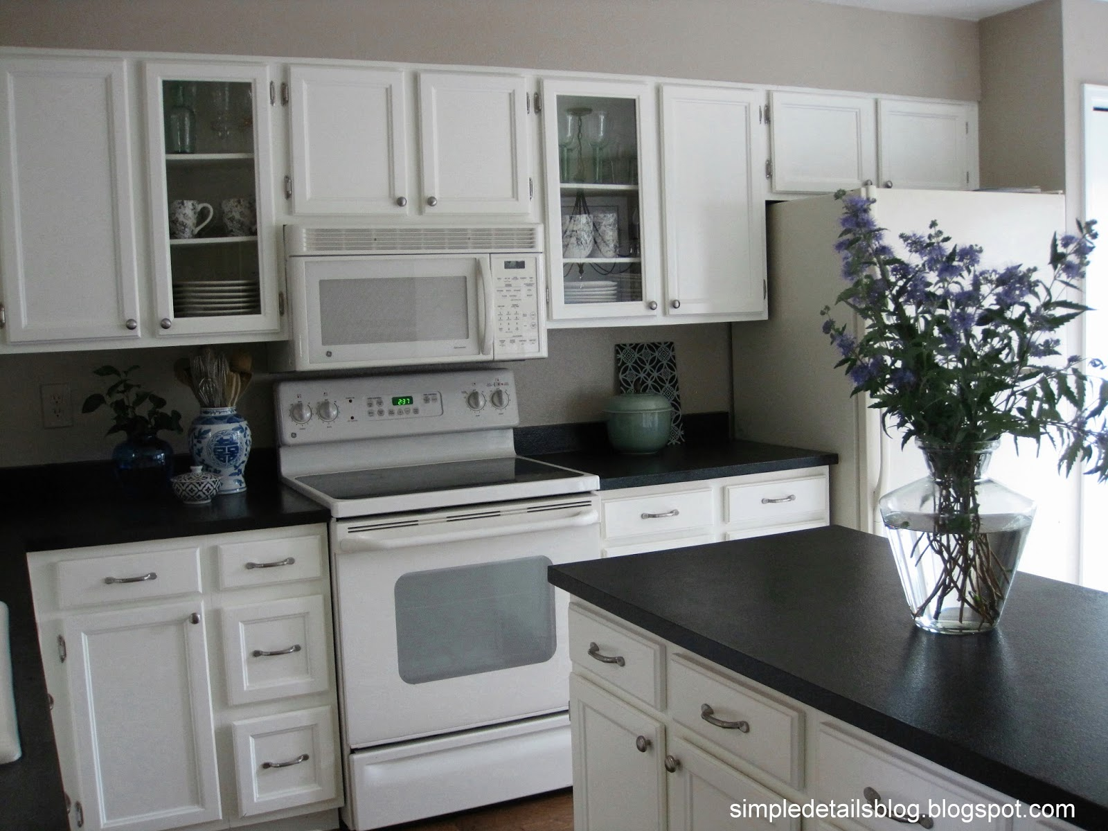 Simple Details 80 S Tract Home Kitchen Makeover