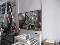 Furniture Etalase Toko Kacamata