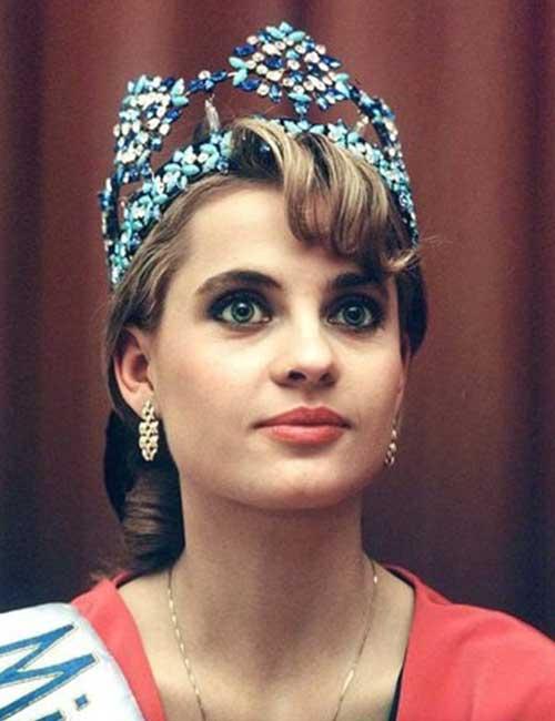 Imagini pentru aneta kręglicka miss world 1989