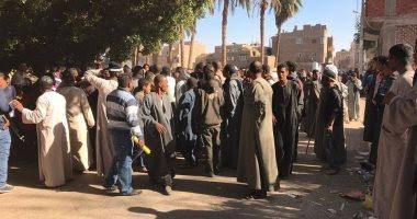 مقتل 3 أشخاص وإصابة رابع فى مشاجرة بالأسلحة النارية بالفرافرة