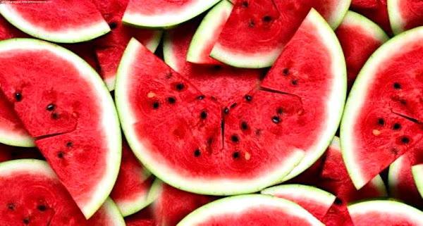 Benarkah Makan Biji Buah Bisa Menyebabkan Usus Buntu?
