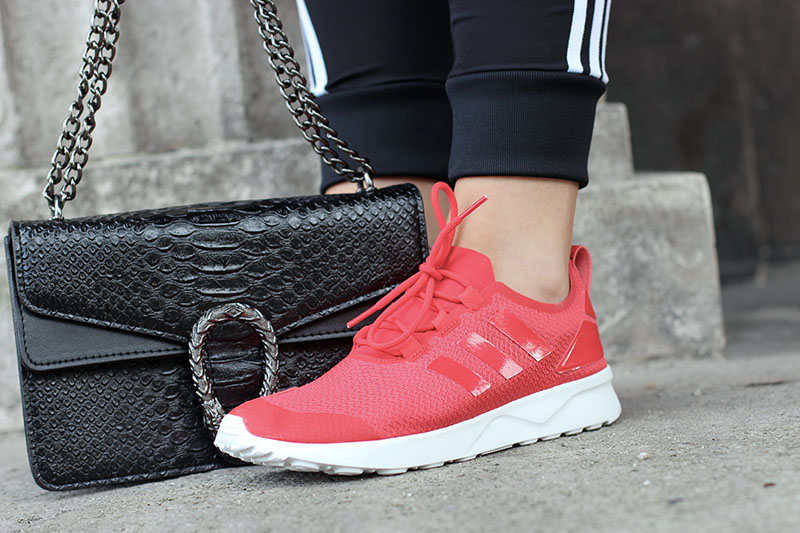 ootd-adidas-style-look-outfit-inspiration-blog-blogger-modeblog-fashionblog-inspo-streetstyle-fashionblog-fashion-adidas-sassyclassy