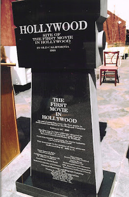 Monumento al film In Old California, la primera película rodada en Hollywood