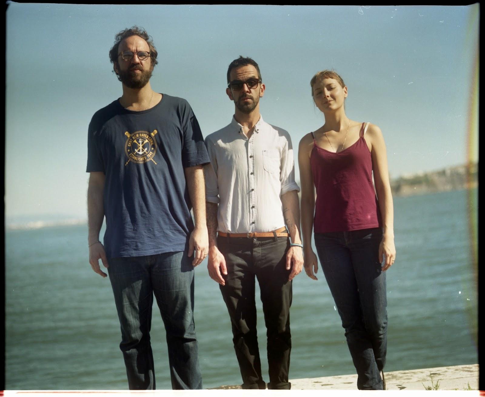 c5d31d169f Três dos artistas mais influentes de sua geração se uniram para fazer um  projeto único  Banda do Mar