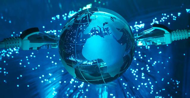 عالم الإنترنت