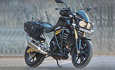 2016 Mahindra Mojo Tourer Edition side bag