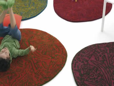 Carpets that distinguish 3