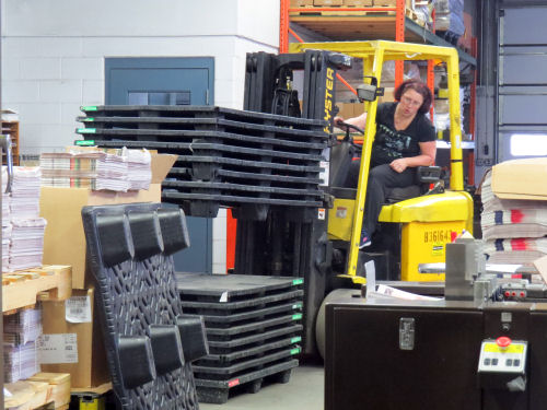 moving pallets with forklift