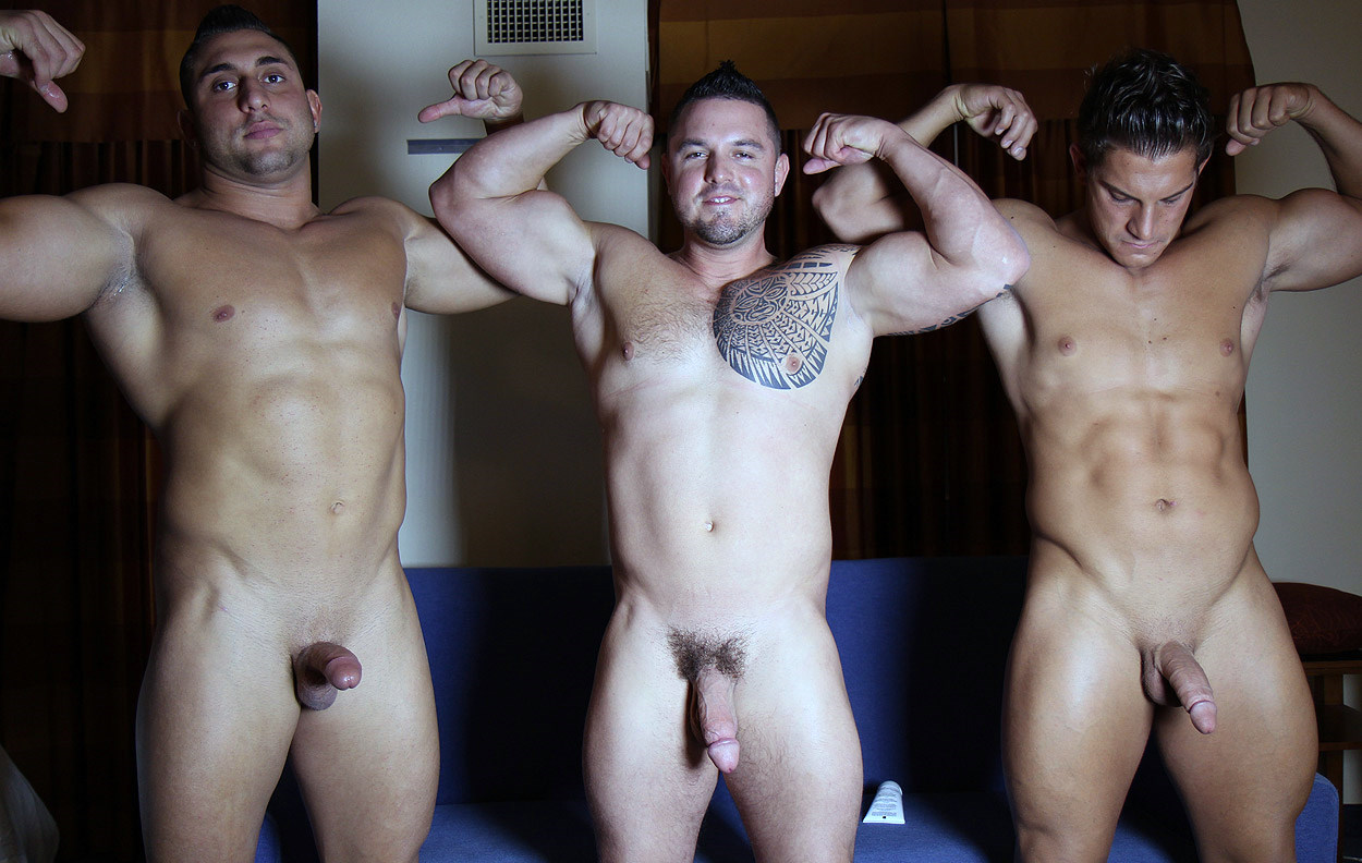 naked-men-and-wen-good-sex-and-nudity-video