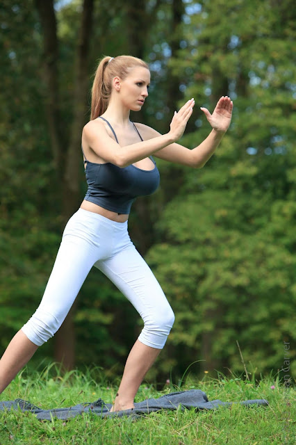 Jordan-Carver-Yoga-Hot-Sexy-HD-Photoshoot-Image-43