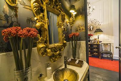 Chậu rửa và bộ vòi nước mang cảm hứng Art Nouveau