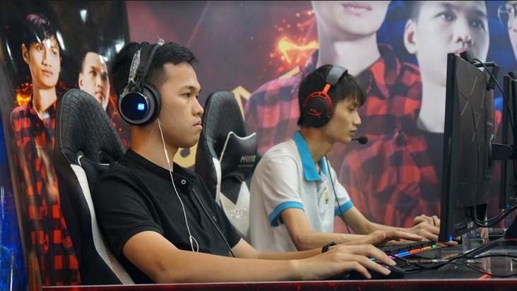 [AoE] Chim Sẻ Đi Nắng, Hồng Anh giành chiến thắng ngọt ngào trước Shenlong, Tiểu Thủy Ngư