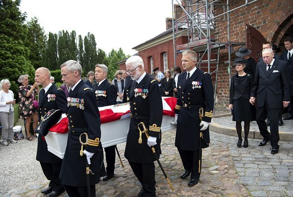 Queen Margrethe, Princess Benedikte of Denmark and Queen Anne-Marie of Greece attended the funeral service of Princess Elisabeth