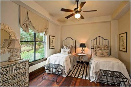 Bild-gästezimmer-design-Ideen-traditionelles-Design-eisenbetten-schwarz