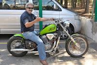 http://www.diariosdeunfotografodeviajes.com/2016/04/transporte-en-motocicletas-y-motos.html