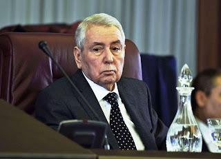 تحديد موعد النتخابات من قبل الرئيس المؤقت للدزائر