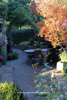 Ein Schweizer Garten 10 15