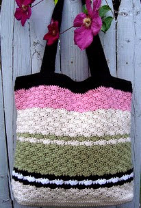 http://www.ravelry.com/patterns/library/sweet-pea-tote-bag