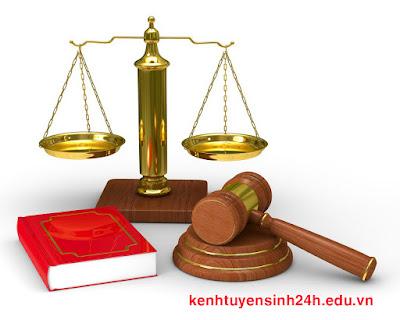 Trung cấp Luật chính quy