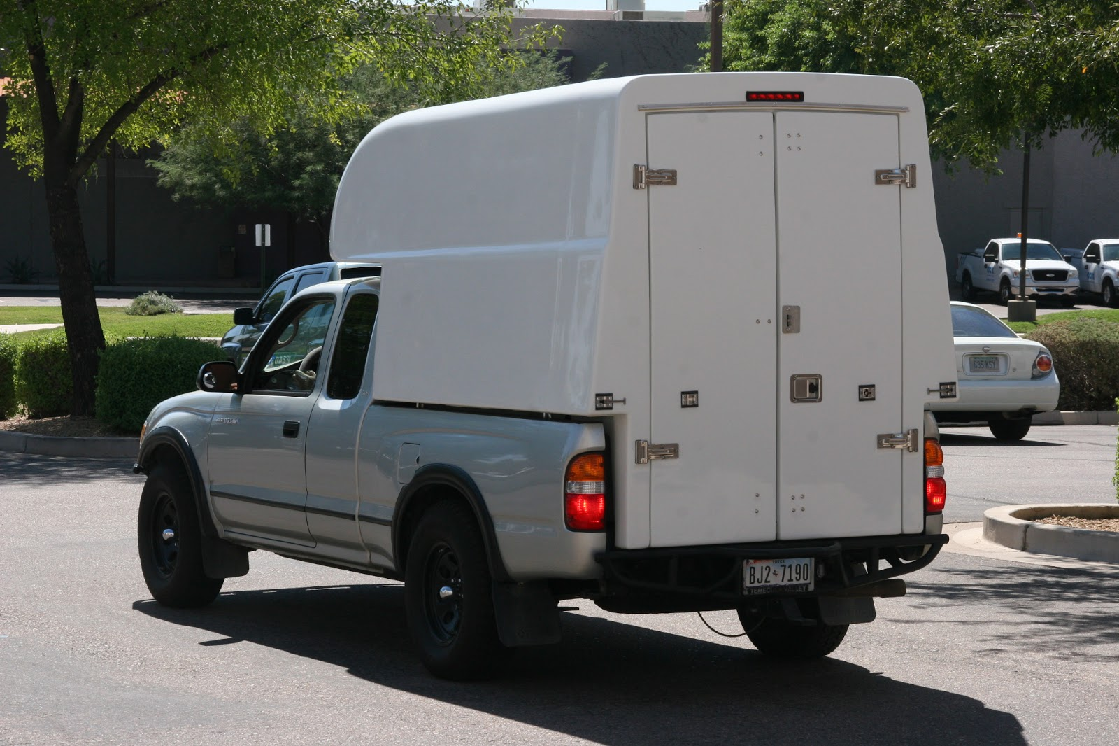 Utility Beds Service Bodies And Tool Boxes For Work
