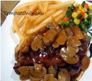 steak salmon saus jamur