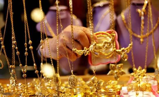 سعر الغرام يصل إلى 19300ل.س وجمود في أسواق الذهب.؟