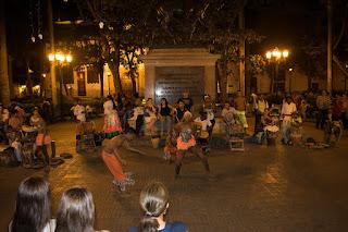 dança africana ruas cartagena noite