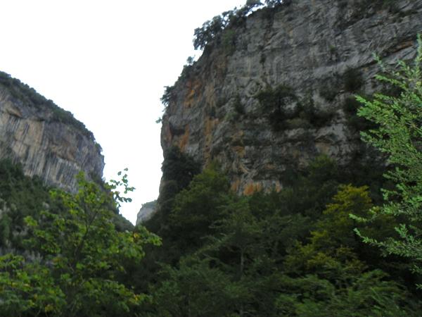 De aventura por las grietas del Pirineo