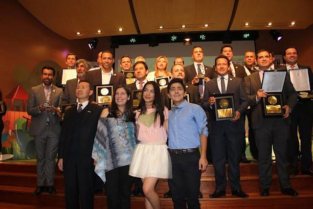 Los mandatarios premiados por inclusión de la infancia y adolescencia