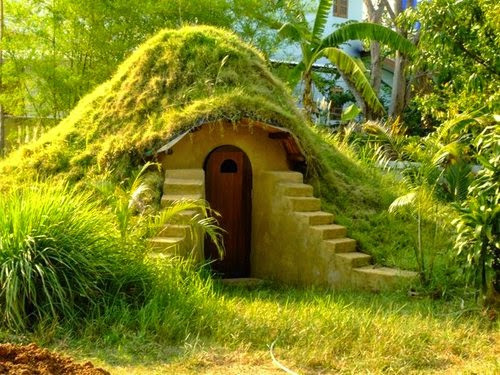 11-How-to-Build-an-Earthbag-Dome-Small-Homes-Offices-&-Other-www-designstack-co