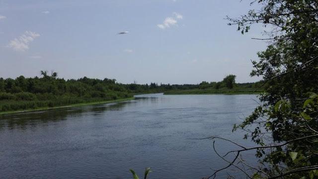 UFO Over River In Minnesota Meteor%252C%2BUFO%252C%2BDominican%2BRepublic%252C%2BUFOs%252C%2Bsighting%252C%2Bsightings%252C%2Balien%252C%2Baliens%252C%2BET%252C%2Brainbow%252C%2Bboat%252C%2Bpool%252C%2B2018%252C%2Bnews%252C%2Btime%2Btravel%252C%2Bsunset%252C%2Borb%252C%2Blevetating%252C%2Blevetate%252C%2Bblur%252C%2Brosette%252C%2Bnasa%252C%2Bcloak%252C%2Binvisible%252C%2Bmars%252C3