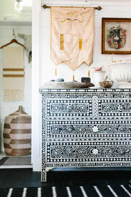 Entryway's Worth an Encore