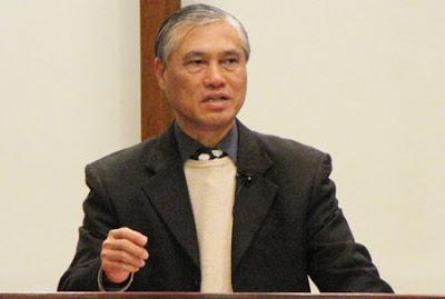 中國基督教播道會恩福堂的主任牧師及恩福聖經學院院長蘇穎智牧師