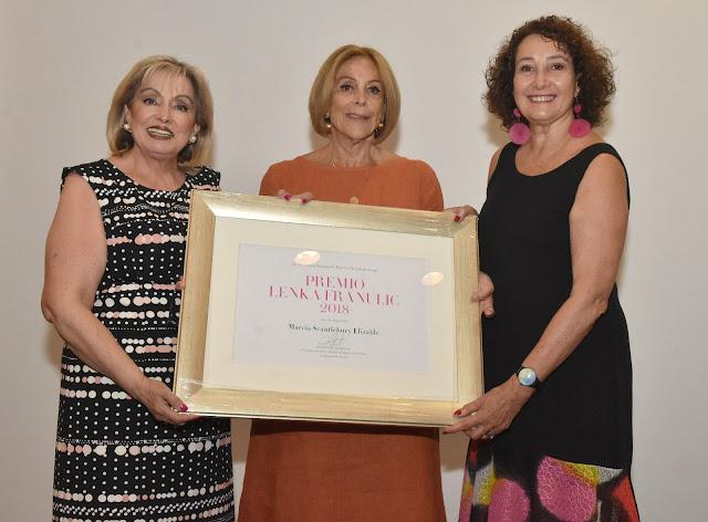 Marcia Scantlebury recibe el Premio Lenka Franulic 2018