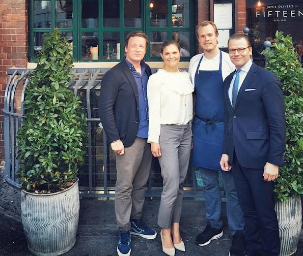 Crown Princess Victoria, Prince Daniel, Prince Oscar  visited Jamie Oliver Restaurant in London, style royal, fashions royal, newmyroyals