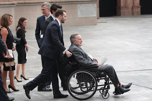 George H.W. Bush has been hospitalized. Could his broken heart be to blame?