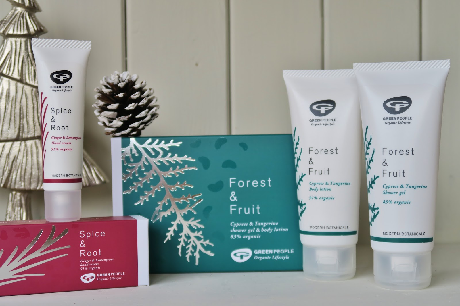 Green People | This Natural Bee Natural & Organic Christmas Gift Guides 2017