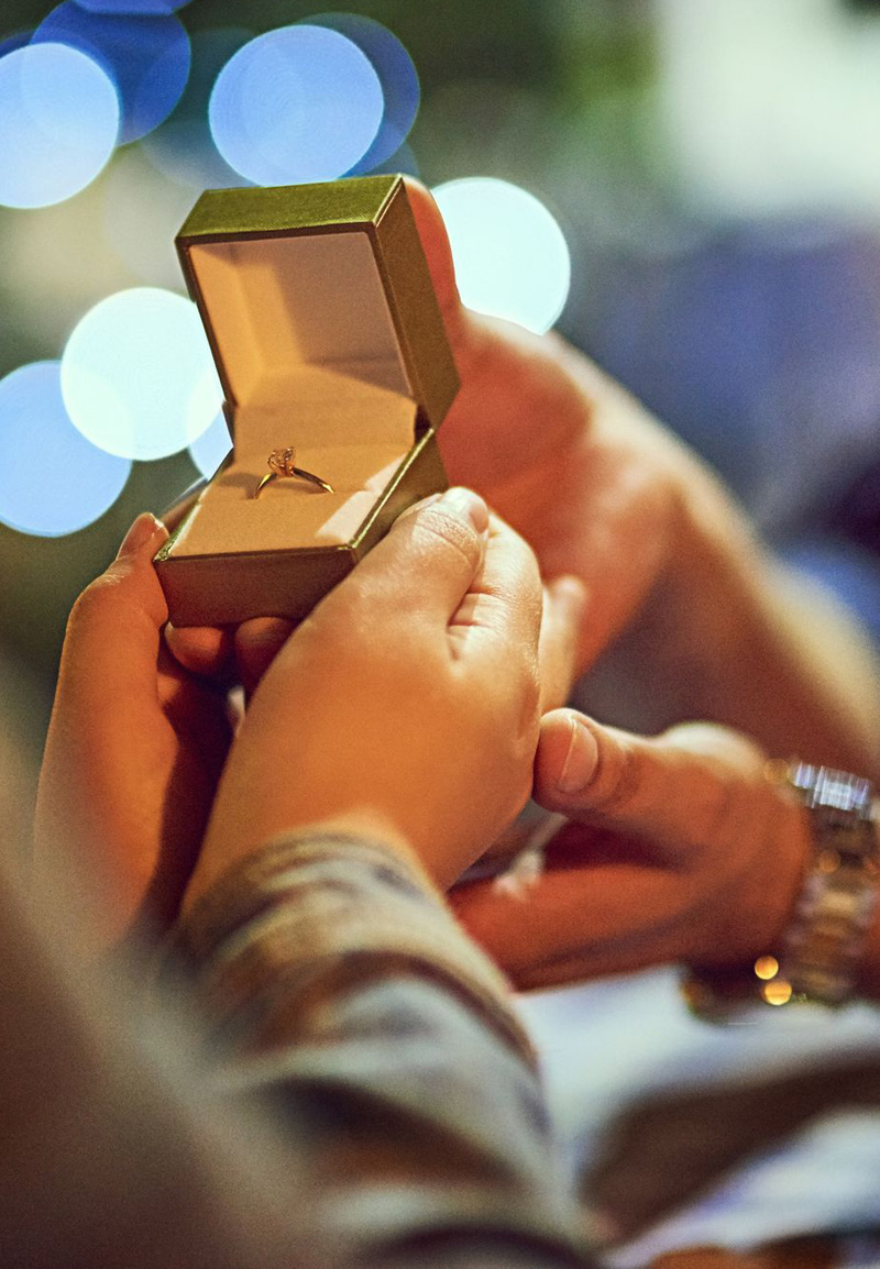 Valentine's Day Proposal Ideas That Are Anything But Cliché