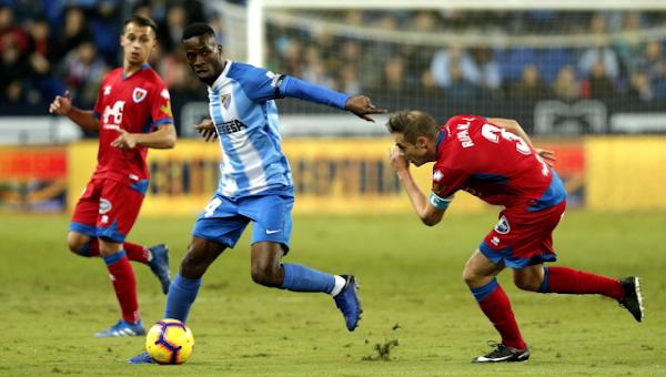 Málaga, el Girona se mete en la pelea por Mamadou Koné