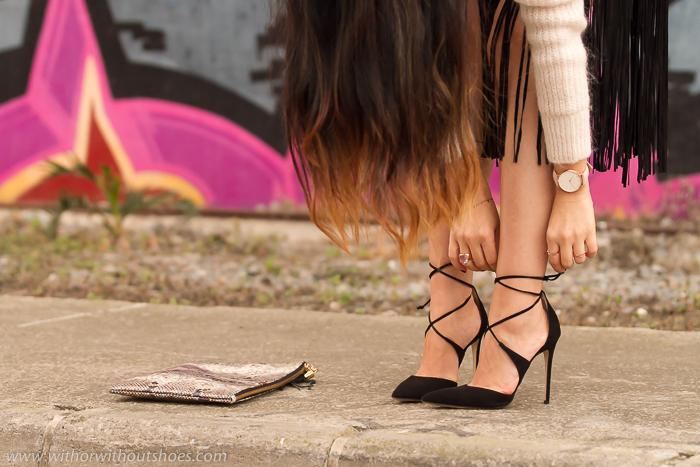Adictaaloszapatos con zapatos nuevos salones negros atados con cordones