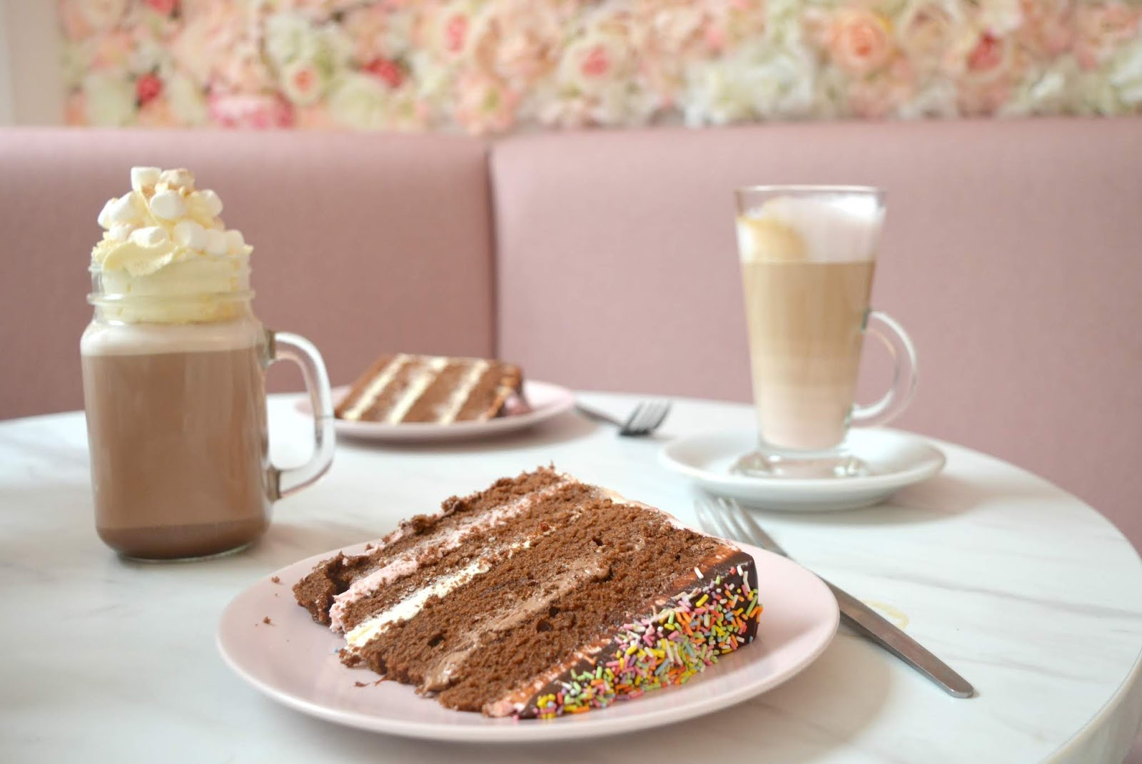 Flower Walls and Pink Lattes - Great British Cupcakery Instagram Hot Spot of Newcastle